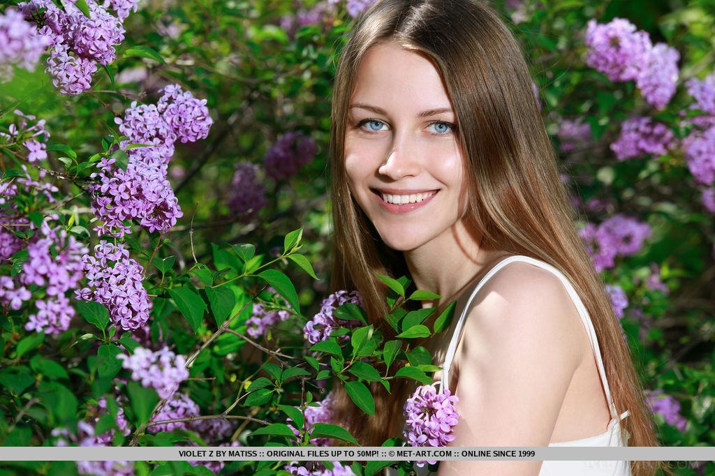 Violet 3411