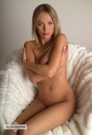 Anastasia 3533