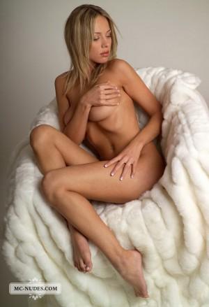 Anastasia 3535