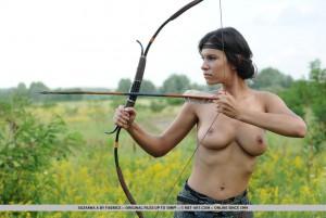 Suzanna 5047