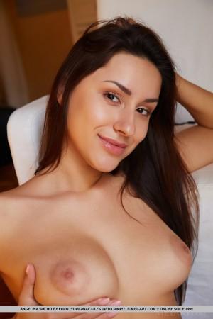 Angelina 7582