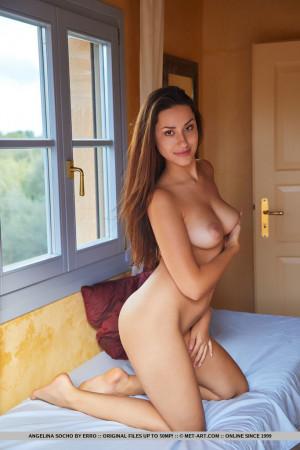Angelina 8089