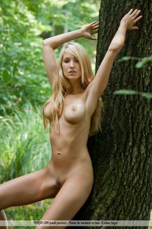 Corinna 9724