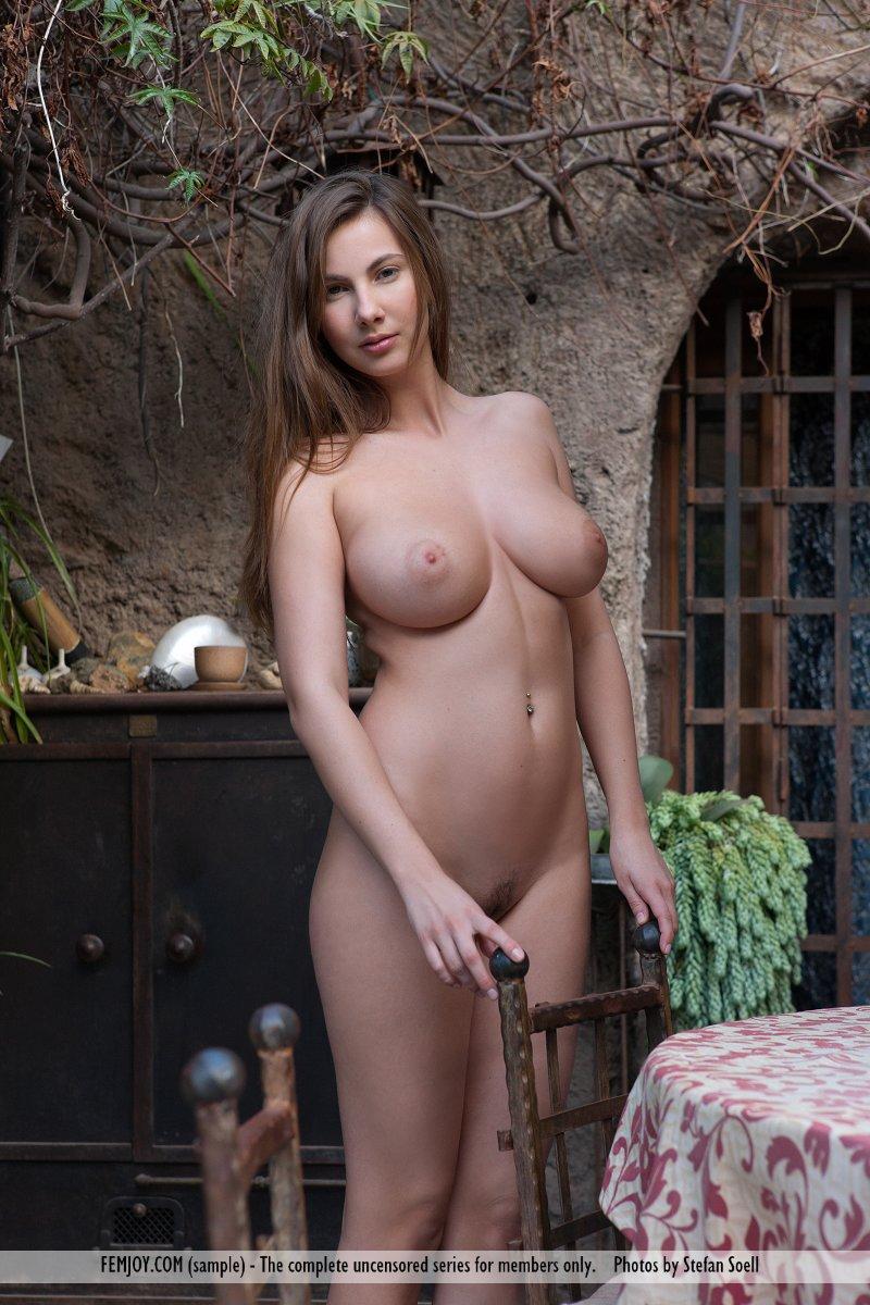 Josephine 1464